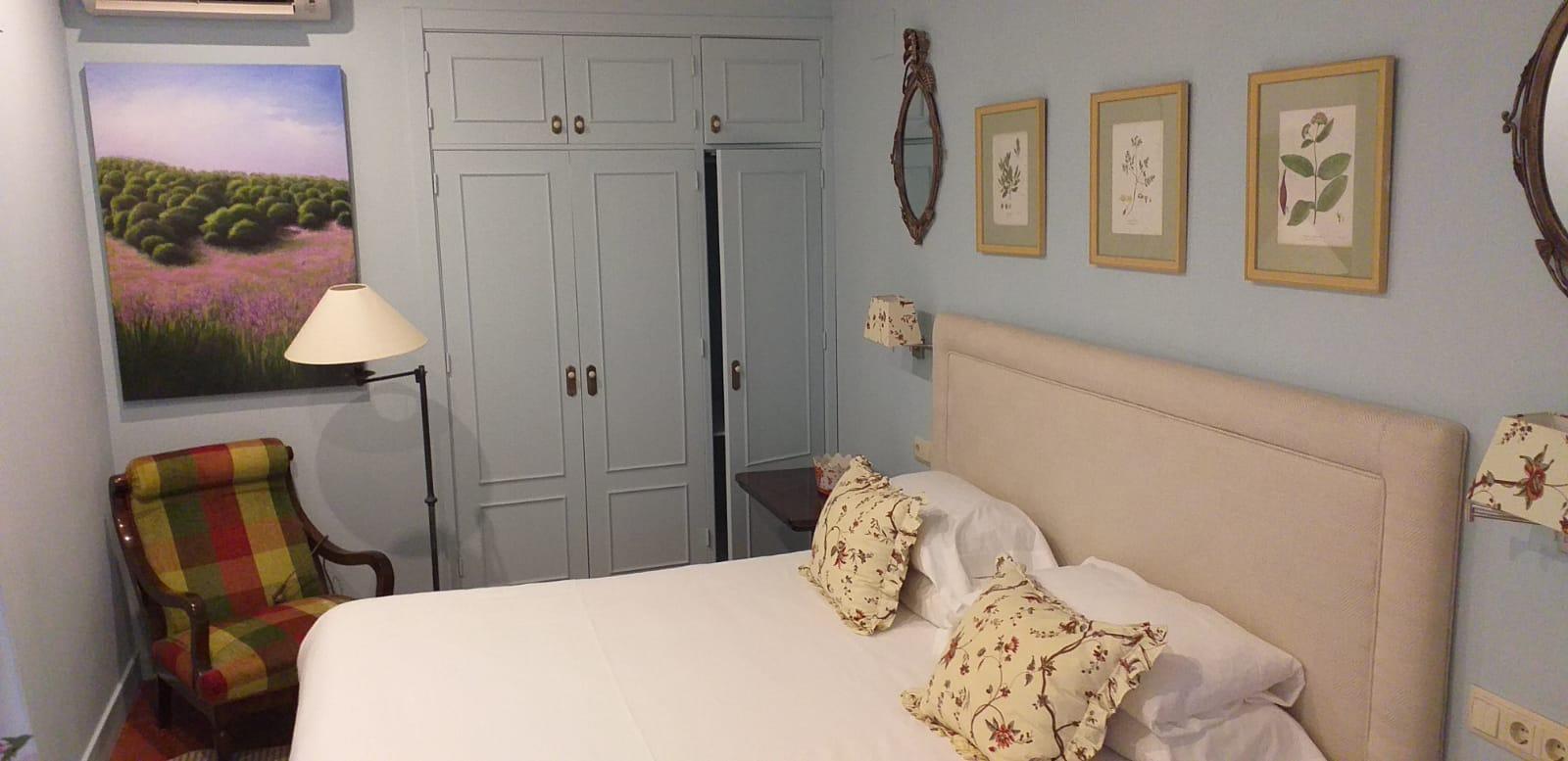Suite Mimosa Hotel Boutique Pinar Cuenca Hoteles con Jacuzzi